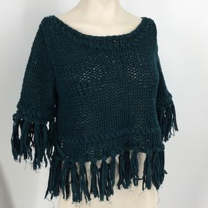(M9) FREE PEOPLE ON THE FRINGE CROP SWEATER